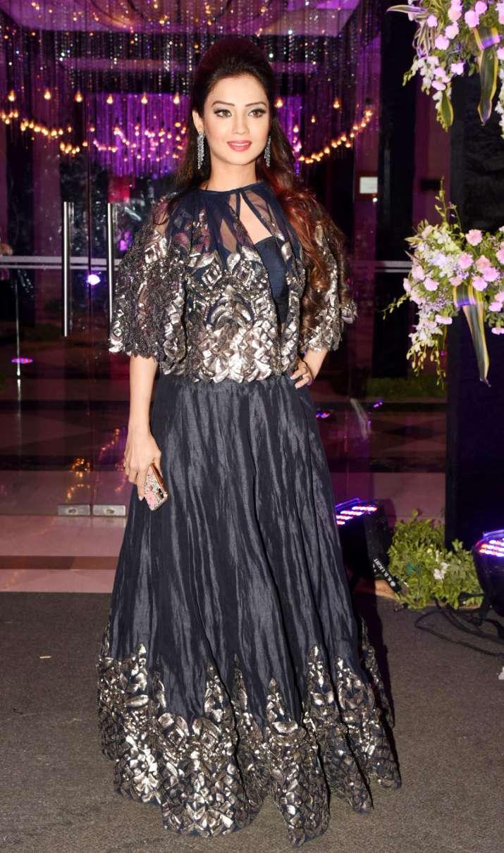 India Tv - Adaa Khan at Ssharad Malhotra-Ripci Bhatia's Sangeet ceremony