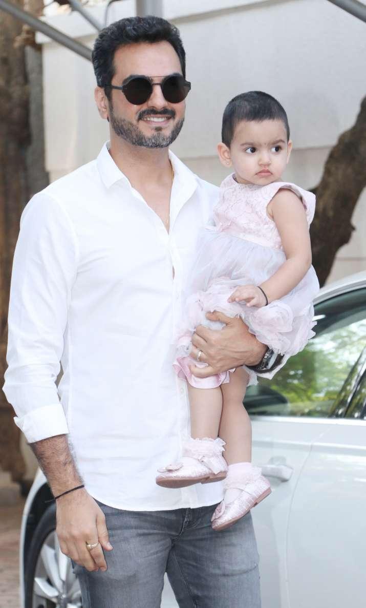 India Tv - Bharat Takhtani with daughter Radhya