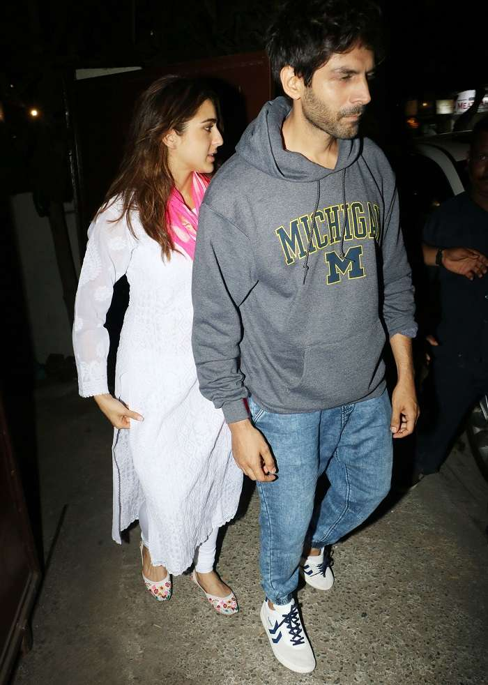 India Tv - Sara Ali Khan and Kartik Aaryan spotted together