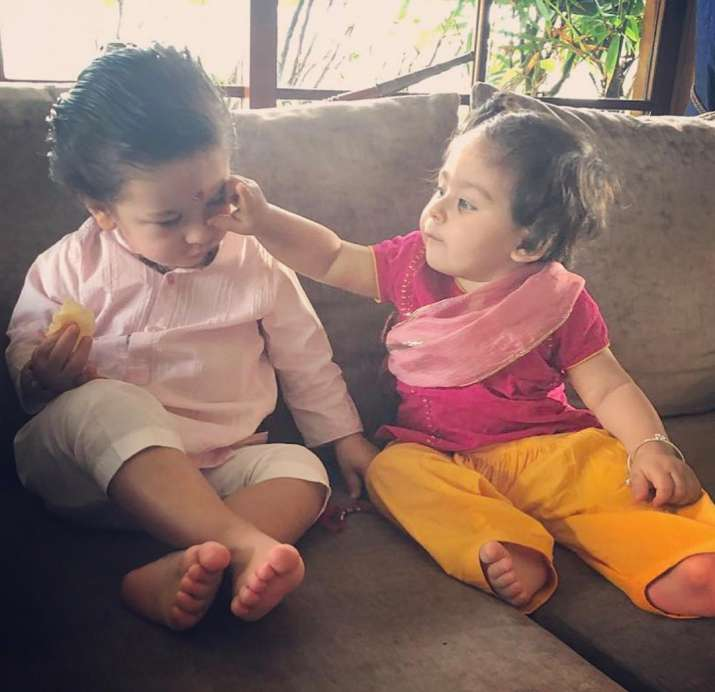 India Tv - Inaaya with brother Taimur