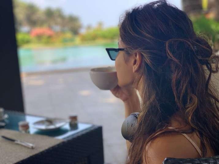India Tv - Mouni Roy's beach vacation