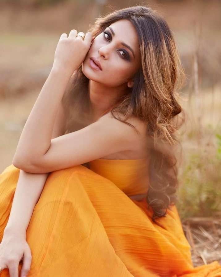 India Tv - Jennifer Winget latest photoshoot