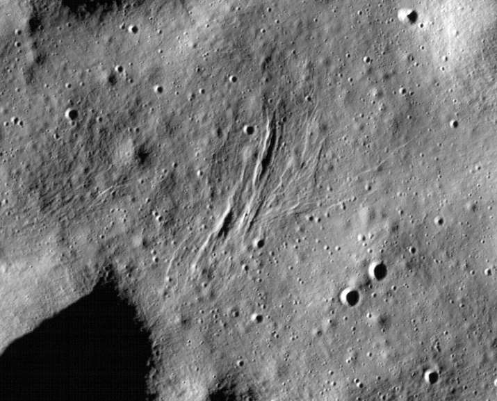 India Tv - Image shows formation of wrinkle ridges, curved hills and shallow trenches as the Moon loses heat