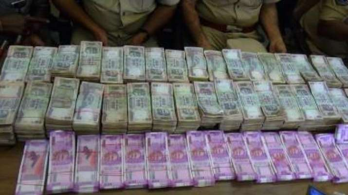 Rs 1 crore in cash seized in Asansol, two arrested