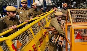 Delhi Police tightens security, over 60,000 personnel to be