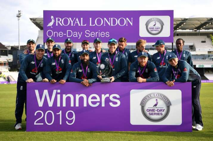 5th ODI: Chris Woakes five-for guides England to 54-run win, hosts clean sweep Pakistan ahead of WC