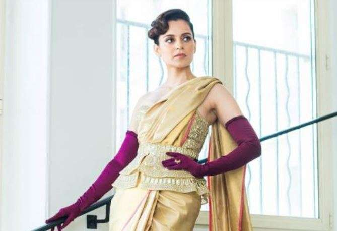 Kangana Ranaut's first Cannes 2019 red carpet look is unusual combo of  golden saree and purple gloves   Fashion News – India TV