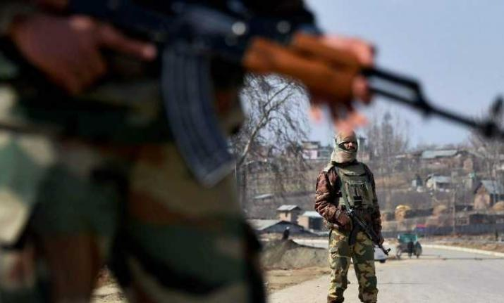 Militants hurled a grenade on security forces in Pulwama.