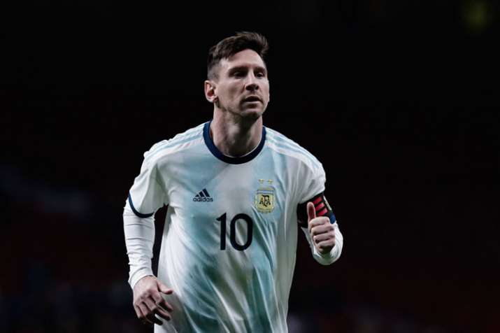 Barack Obama offers World Cup-winning advice to Lionel Messi
