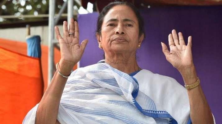 Mamata makes U-turn, decides not to attend PM Modi's