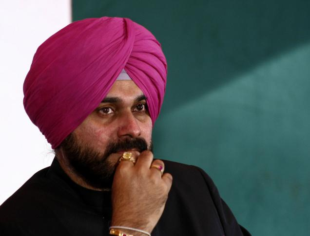 Cabinet Minister Navjot Singh Sidhu shared the stage with