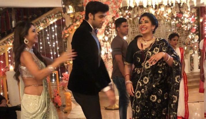 Parth Samthaan dances on Dola Re Dola Re on the sets of Kasautii Zindagi Kay 2