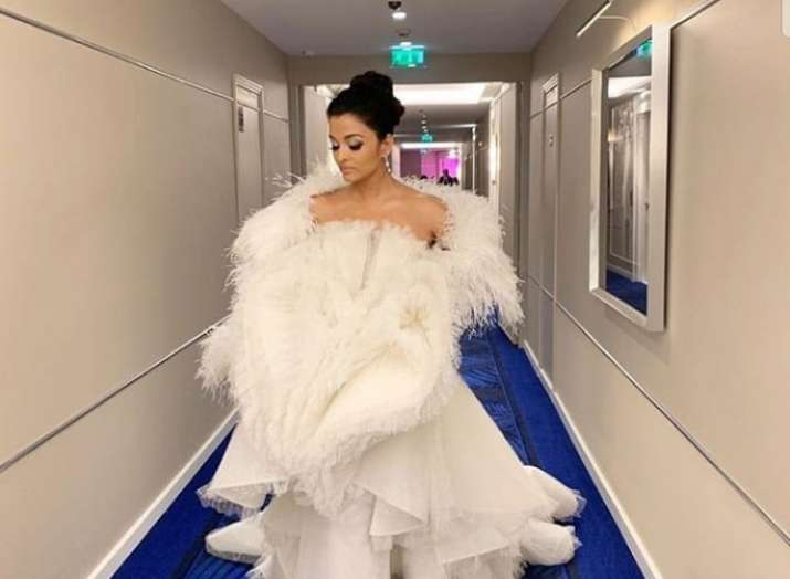 Aishwarya Rai Bachchan looks straight out of a fairytale in white on Cannes 2019 red carpet