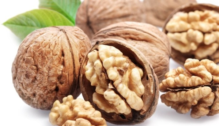 Walnuts health benefits: Eating handful of walnuts prevent cardiovascular disease