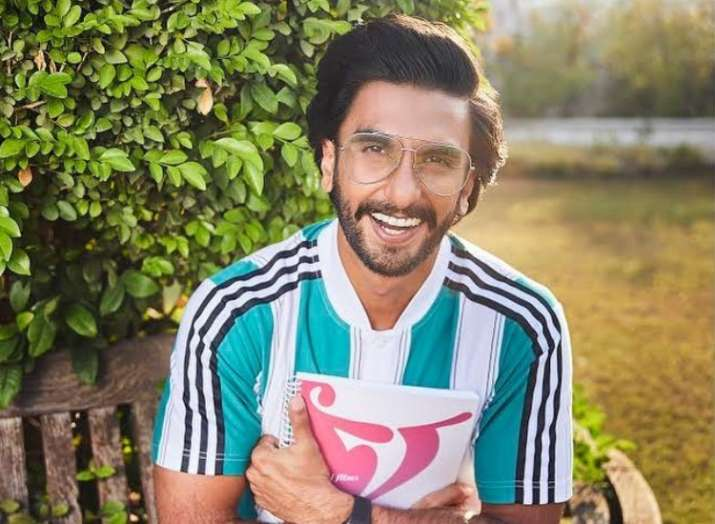 Ranveer Singh announces his next film titled Jayeshbhai Jordaar with a goofy video