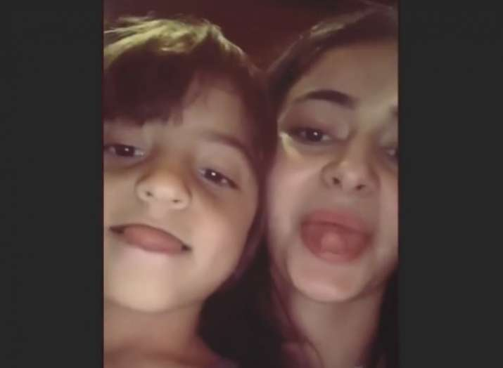 Ananya Panday trains AbRam to touch the tip of the nose using tongue, shares a funny video