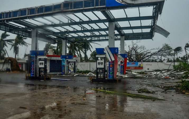 India Tv - A view of the destruction caused by Cyclone Fani after its landfall, in Puri