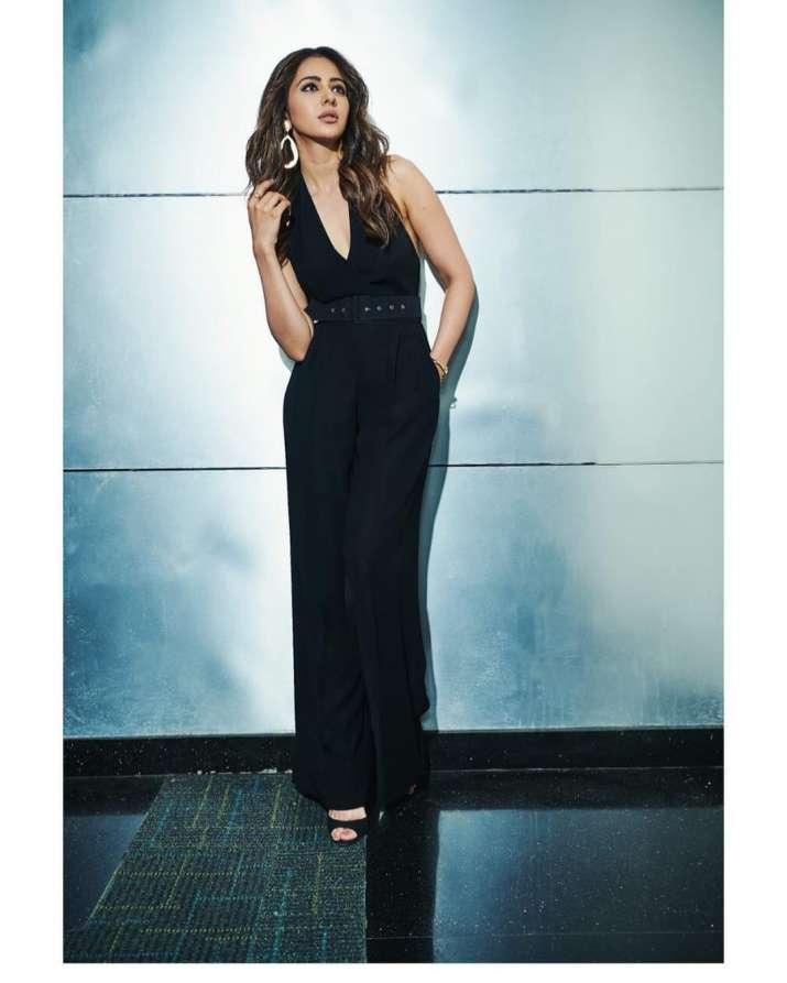 India Tv - Rakul Preet Singh looks pretty in rosy-hued outfit, sensational in black attire; See De De Pyaar De actress PICS