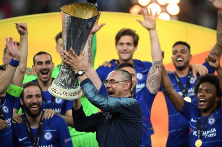 Maurizio Sarri gets a winners' medal, but may still leave Chelsea