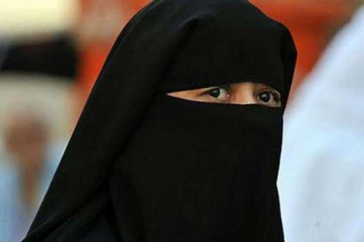 Maharashtra woman alleges husband gave her 'triple talaq' on