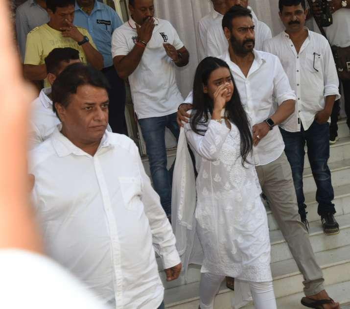 India Tv - Veeru Devgan Prayer Meet