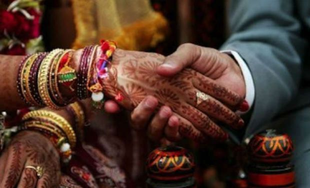 Marriage of 13-yr-old girl foiled in Maharashtra