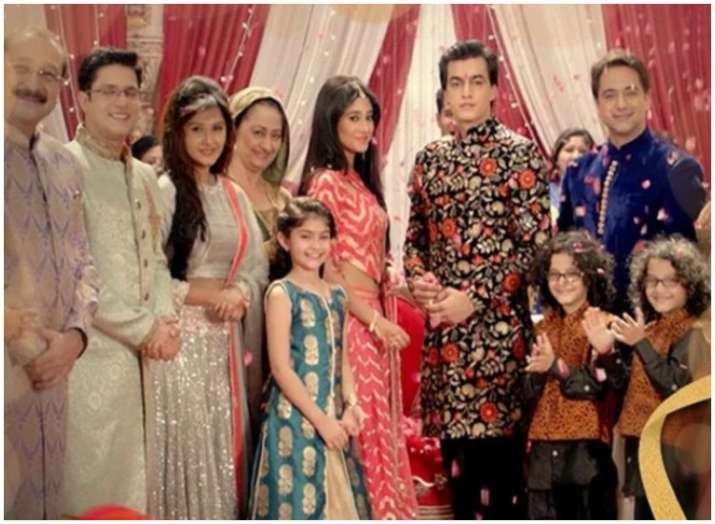 India Tv - Yeh Rishta Kya Kehlata Hai Latest Updates: Kartik and Naira dance while walking the ramp