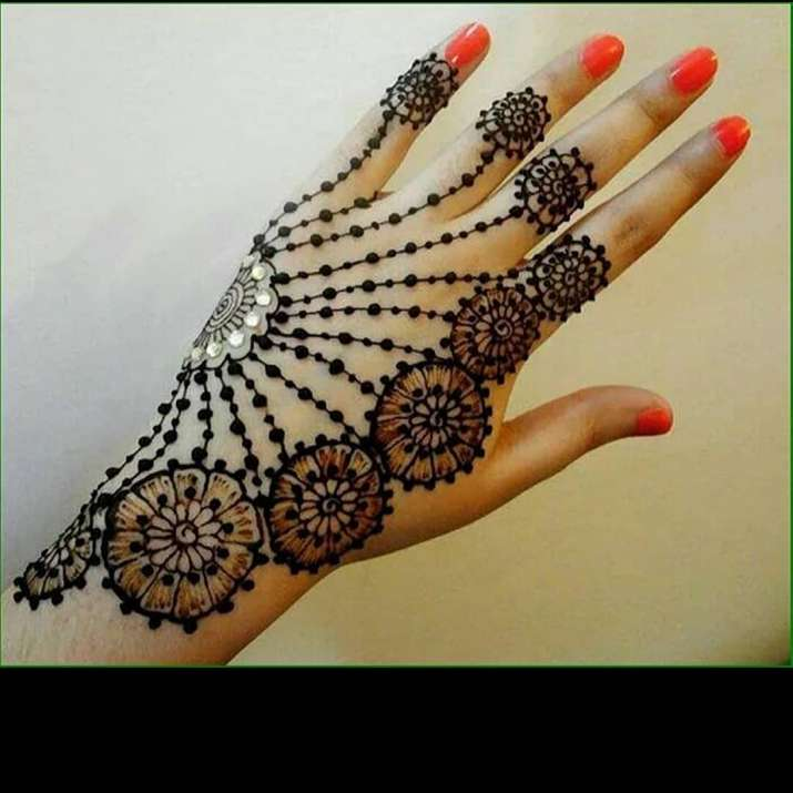 Eid Al,Fitr 2019 10 Simple Mehendi designs to decorate your