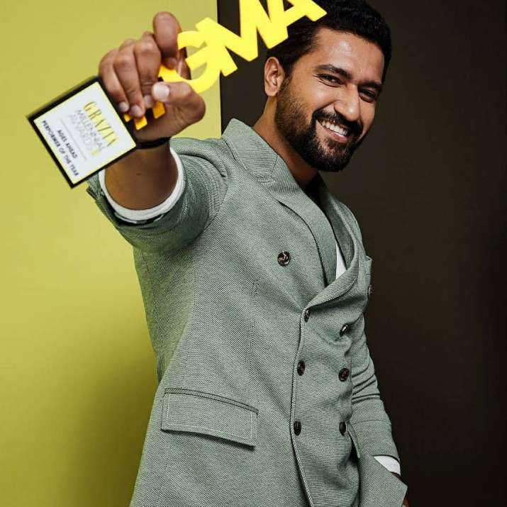 India Tv - Vicky kaushal won Ages Ahead Performer of the Year award