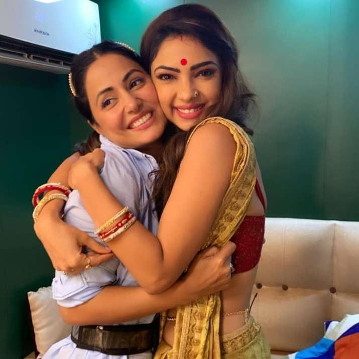 India Tv - Hina Khan and Pooja Banerjee