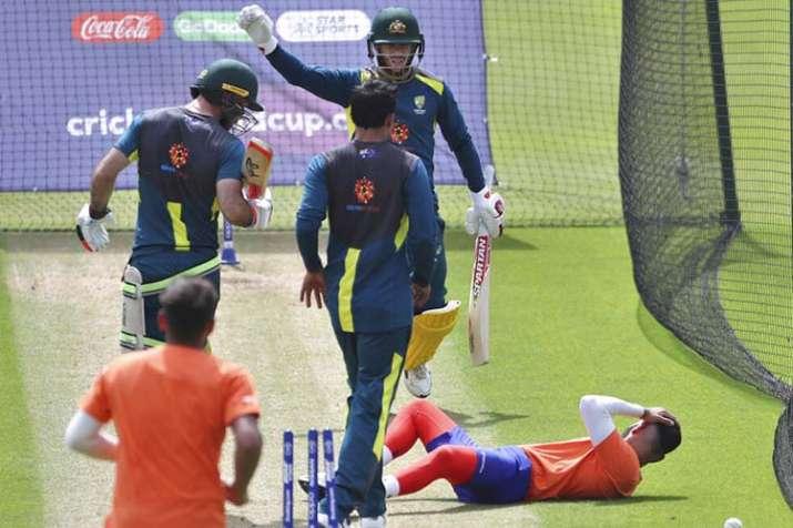 India Tv - Warner reacts after Jai Kishan was struck on the head