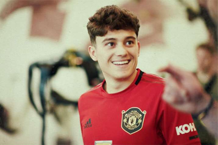 Premier League: Daniel James joins Manchester United on 5-year deal