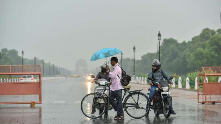 Delhi-NCR witness monsoon's first rain, weather turns