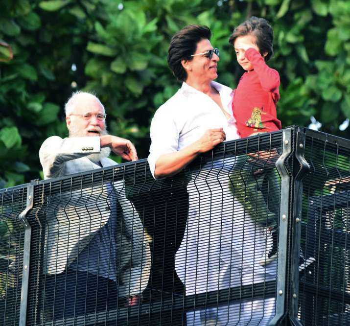 India Tv - Shah Rukh Khan and son Abram with David Letterman