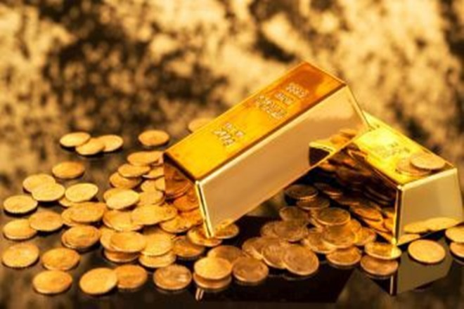 6.46 kg gold seized from 14 passengers at Hyderabad airport