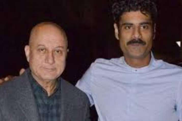 Proud father Anupam Kher shared a note for his son Sikander