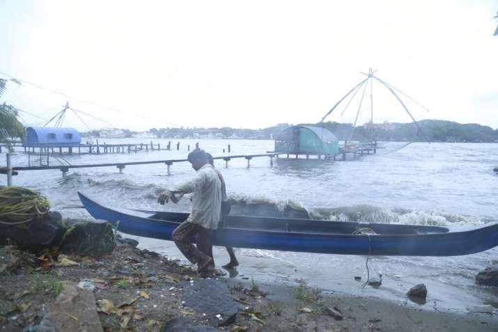 India Tv - Fisherfolk in Kochi
