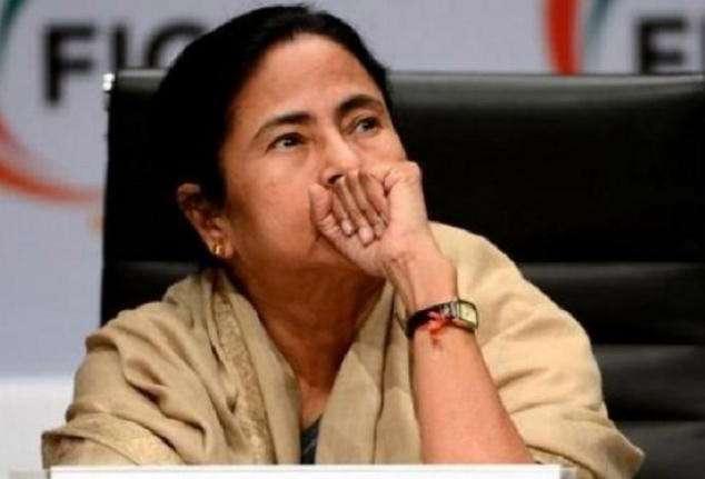 Mamata Banerjee accuses BJP of manipulating EVMs, proposes