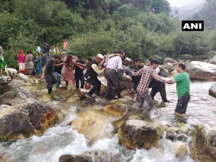 India Tv - KULLU BUS ACCIDENT, KULLU ACCIDENT