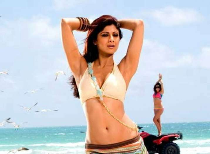 Five feet-tapping songs of Shilpa Shetty that will force you to 'Bounce'