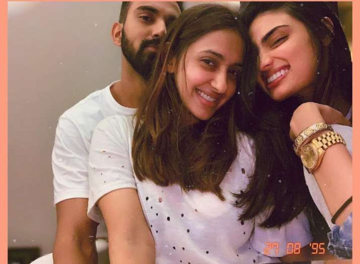 Are cricketer KL Rahul and actress Athiya Shetty in a romantic relationship?
