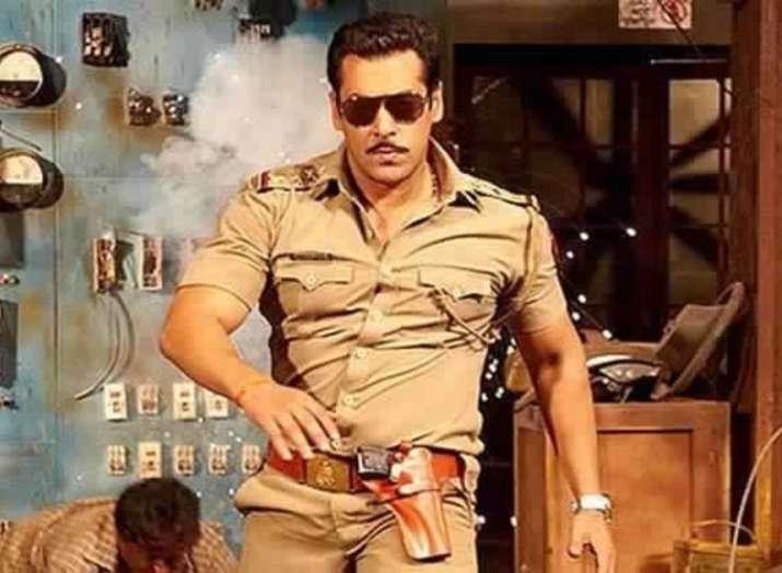 Dabangg 3: Salman Khan to dance with Loveratri's Warina Hussain in Munna Badnaam Hua song?