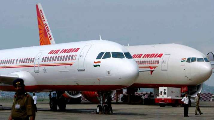 Air India pilot says suspended for taking hair growth