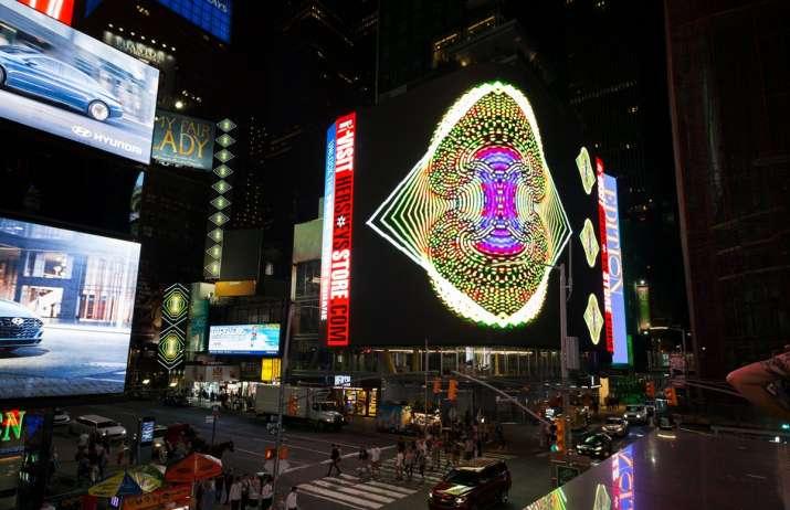 Man arrested over plot to detonate grenades at Times Square