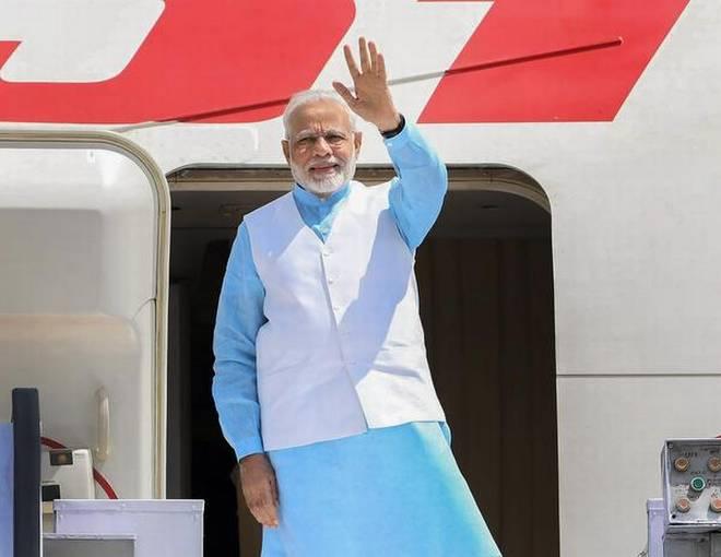 Narendra Modi will visit the Maldives and Sri Lanka from