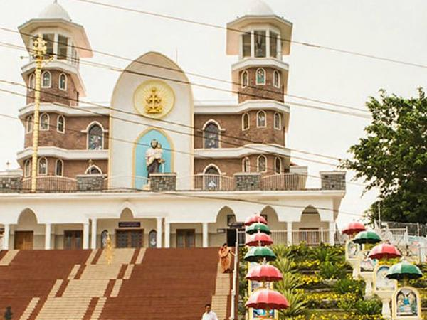 Kerala priests up in arms against Cardinal Alencherry