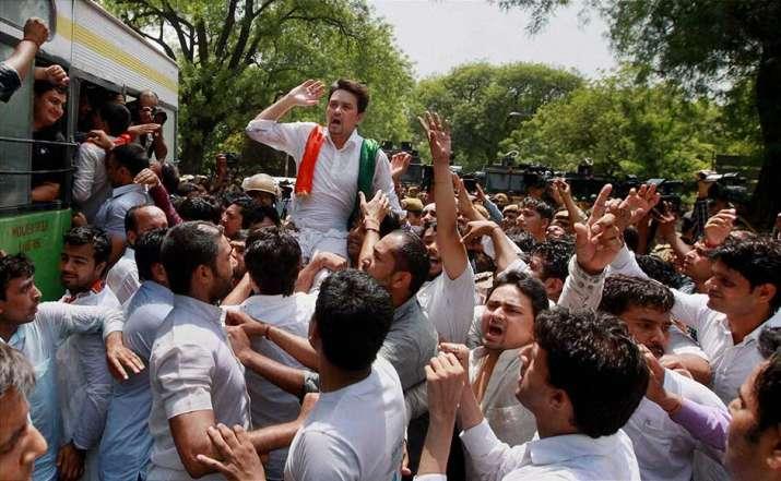 Thiruvananthapuram tense as BJP Yuva Morcha and Left backed