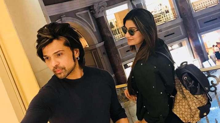 India Tv - Himesh Reshammiya with second wife Sonia Kapur