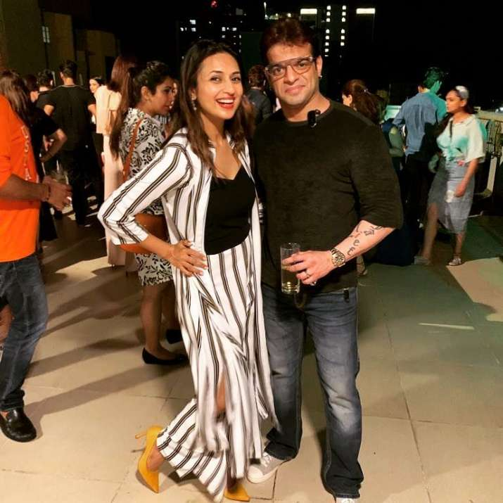 India Tv - Karan Patel and Divyanka Tripathi from Yeh Hai Mohabbatein