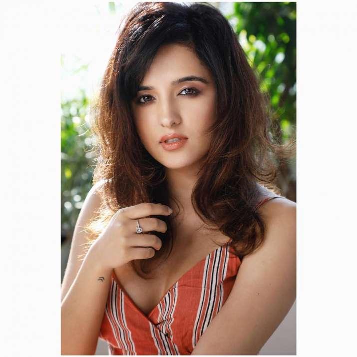 India Tv - Shirley Setia best songs